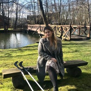 Eva Amputee: Quarantine? Not for my crutches! Eva Video!