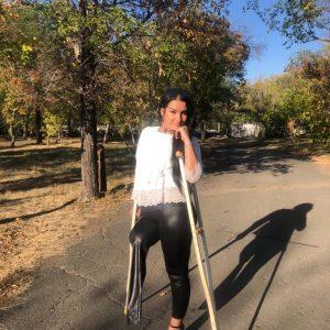 Amputee Katrina: Leather pants, wooden crutches, high heel! Sexy crutching!