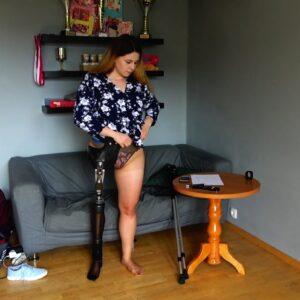 Eva Amputee: Skinny pantyhose, hip basket! great clip!