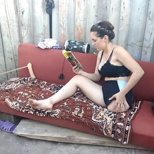 Amputee Margarita: Stump and foot! Summer lazy video!