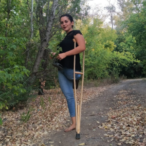 Margarita Amputee: Stump-fitted jeans! Barefoot sunset video!